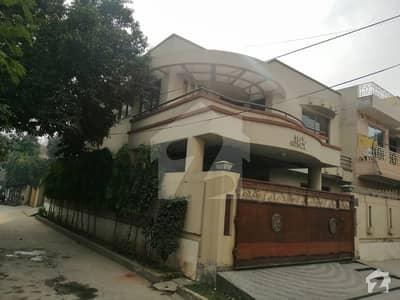 کینال ویو لاہور میں 4 کمروں کا 10 مرلہ مکان 65 ہزار میں کرایہ پر دستیاب ہے۔