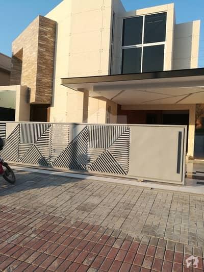 بحریہ ٹاؤن فیز 3 بحریہ ٹاؤن راولپنڈی راولپنڈی میں 6 کمروں کا 1 کنال مکان 4.8 کروڑ میں برائے فروخت۔