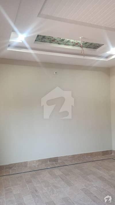ادرز خانپور میں 6 کمروں کا 13 مرلہ مکان 1.2 کروڑ میں برائے فروخت۔