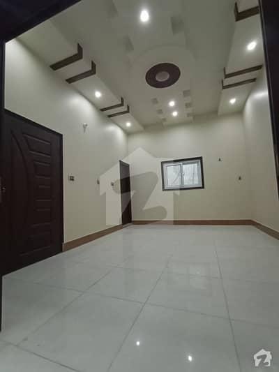 زمان ٹاؤن کورنگی کراچی میں 6 کمروں کا 4 مرلہ مکان 1.35 کروڑ میں برائے فروخت۔