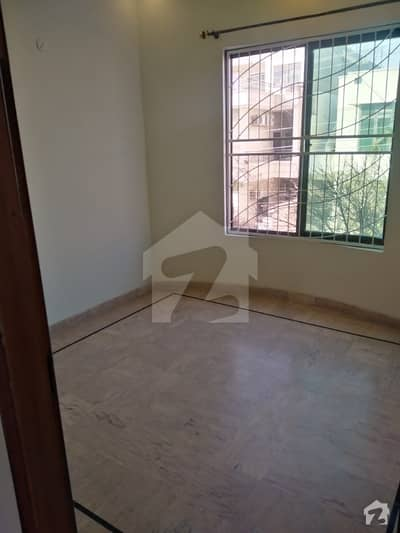 Mustafa Town Prime Location Double Storey house For Sale 4 bedroom With attached Washroom TV Launch drawing Room kitchen Car parking Available for Sale More Detail use Call Al Qasim property Nizam Block 1025 office