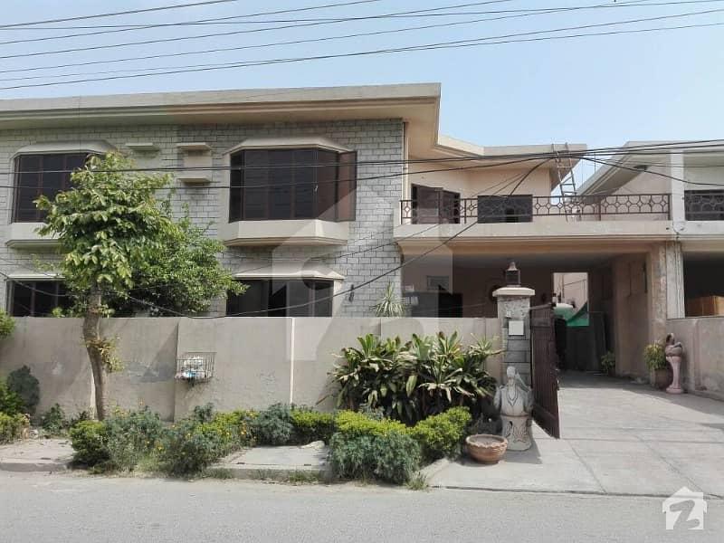 عسکری 9 عسکری لاہور میں 3 کمروں کا 12 مرلہ مکان 65 ہزار میں کرایہ پر دستیاب ہے۔