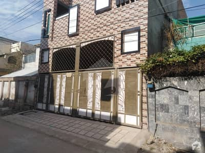 حیات آباد فیز 1 - ڈی4 حیات آباد فیز 1 حیات آباد پشاور میں 7 کمروں کا 5 مرلہ مکان 2.2 کروڑ میں برائے فروخت۔