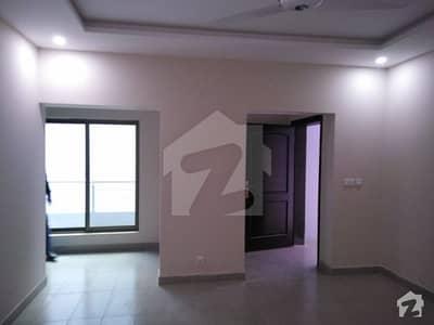 ایف ۔ 11 مرکز ایف ۔ 11 اسلام آباد میں 2 کمروں کا 8 مرلہ فلیٹ 80 ہزار میں کرایہ پر دستیاب ہے۔