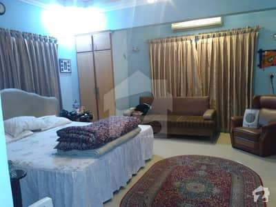 Cc97 600 Yard Bungalow Available On Sale In Gushan E Iqbal Town Block 9
