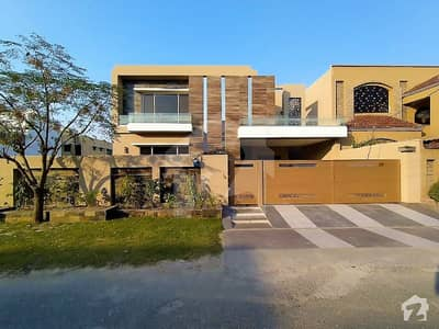 Solid Built 1 Kanal Bungalow Is Up For Sale