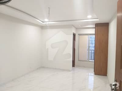2 Bed Apartment Luxury Style 3rd Floor Very Prime Location Commercial