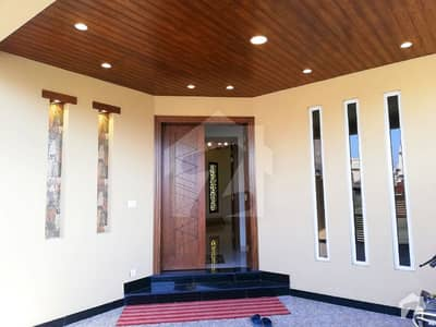 Out Standing Brand New 7 Marla House For Rent