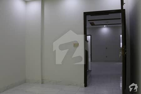 شاہد ٹاؤن ضرار شہید روڈ کینٹ لاہور میں 3 کمروں کا 3 مرلہ مکان 68 لاکھ میں برائے فروخت۔