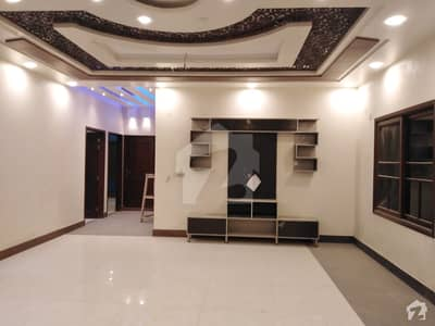 گلستانِِ جوہر ۔ بلاک 3 گلستانِ جوہر کراچی میں 3 کمروں کا 16 مرلہ بالائی پورشن 2 کروڑ میں برائے فروخت۔