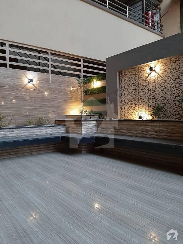 ڈی ایچ اے فیز 5 ڈیفنس (ڈی ایچ اے) لاہور میں 4 کمروں کا 10 مرلہ فلیٹ 1.5 لاکھ میں کرایہ پر دستیاب ہے۔