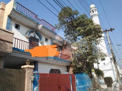 بی او آر ۔ بورڈ آف ریوینیو ہاؤسنگ سوسائٹی لاہور میں 3 کمروں کا 12 مرلہ مکان 1.2 لاکھ میں کرایہ پر دستیاب ہے۔