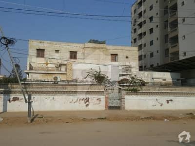 فیڈرل بی ایریا ۔ بلاک 4 فیڈرل بی ایریا کراچی میں 6 کمروں کا 1.4 کنال مکان 10 کروڑ میں برائے فروخت۔