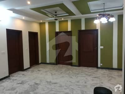 1 Kanal Upper Portion With 3 Bed Attached Bath For Rent