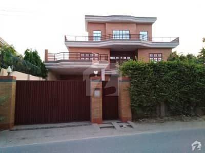 56 Marla House Available For Rent