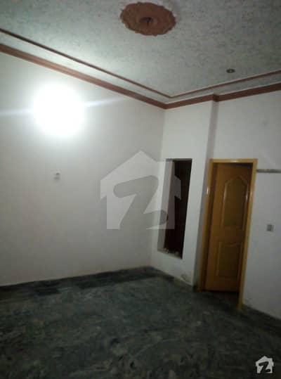 محافظ ٹاؤن فیز 1 محافظ ٹاؤن لاہور میں 2 کمروں کا 10 مرلہ بالائی پورشن 20 ہزار میں کرایہ پر دستیاب ہے۔