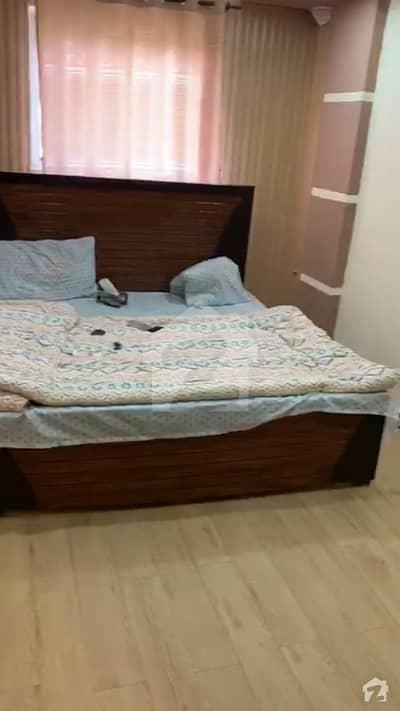 لینیر کمرشل سینٹر بحریہ ٹاؤن راولپنڈی راولپنڈی میں 2 کمروں کا 4 مرلہ فلیٹ 35 ہزار میں کرایہ پر دستیاب ہے۔