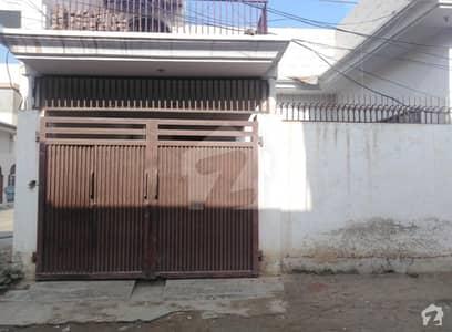 قاسم ٹاؤن بہاولپور میں 6 کمروں کا 8 مرلہ مکان 1.3 کروڑ میں برائے فروخت۔