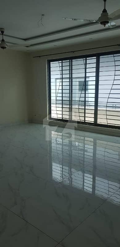 واپڈا ٹاؤن ایکسٹینشن واپڈا ٹاؤن لاہور میں 5 کمروں کا 10 مرلہ مکان 1.9 کروڑ میں برائے فروخت۔