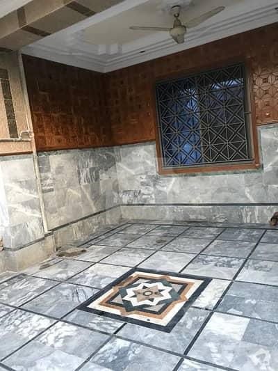 پی ڈبلیو ڈی ہاؤسنگ سکیم اسلام آباد میں 2 کمروں کا 10 مرلہ مکان 28 ہزار میں کرایہ پر دستیاب ہے۔