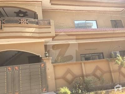 وکیل کالونی اسلام آباد ہائی وے راولپنڈی میں 3 کمروں کا 10 مرلہ مکان 25 ہزار میں کرایہ پر دستیاب ہے۔