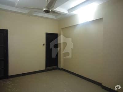 پنجاب چورنگی کراچی میں 4 کمروں کا 8 مرلہ بالائی پورشن 1.6 کروڑ میں برائے فروخت۔