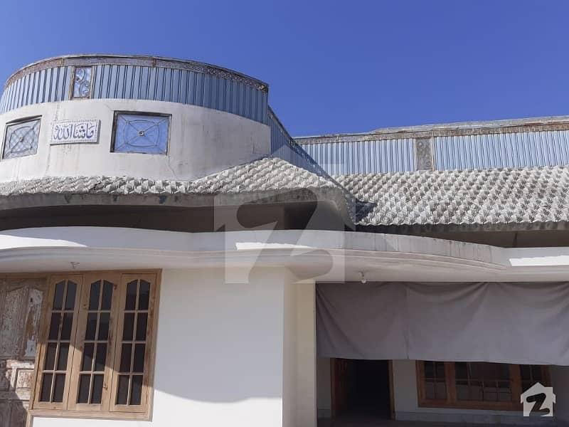 ورسک روڈ پشاور میں 6 کمروں کا 10 مرلہ مکان 55 ہزار میں کرایہ پر دستیاب ہے۔