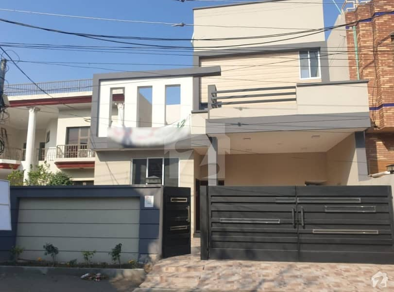 12 Marla Brand New House Ultra Modern Very Hot Location Solid Construction