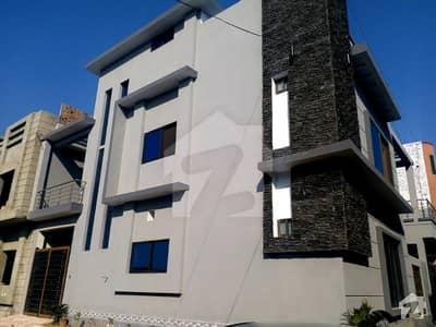 ورسک روڈ پشاور میں 6 کمروں کا 8 مرلہ مکان 2.3 کروڑ میں برائے فروخت۔