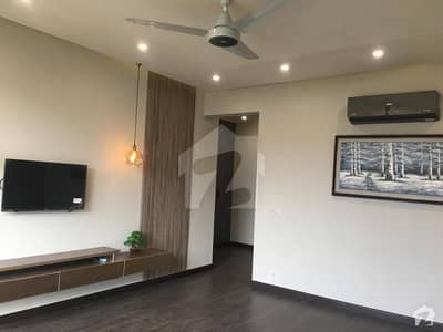 13 MARLA BRAND NEW CORNER HOUSE FOR RENT SEPRATE GATE