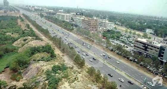 ایف ۔ 8/2 ایف ۔ 8 اسلام آباد میں 1.78 کنال کمرشل پلاٹ 11 کروڑ میں برائے فروخت۔
