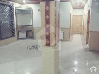 ایف ۔ 11 اسلام آباد میں 5 کمروں کا 18 مرلہ مکان 1.1 لاکھ میں کرایہ پر دستیاب ہے۔