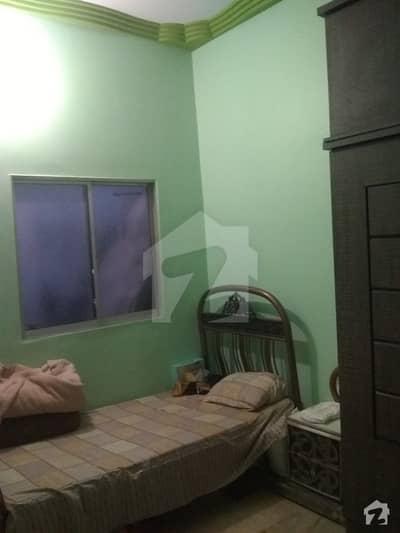 عزیز آباد گلبرگ ٹاؤن کراچی میں 2 کمروں کا 2 مرلہ پینٹ ہاؤس 30 لاکھ میں برائے فروخت۔