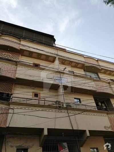 نارتھ کراچی ۔ سیکٹر 11اے نارتھ کراچی کراچی میں 2 کمروں کا 9 مرلہ پینٹ ہاؤس 34 ہزار میں کرایہ پر دستیاب ہے۔
