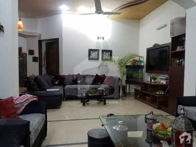 طارق گارڈنز ۔ بلاک ای طارق گارڈنز لاہور میں 3 کمروں کا 5 مرلہ مکان 1.35 کروڑ میں برائے فروخت۔
