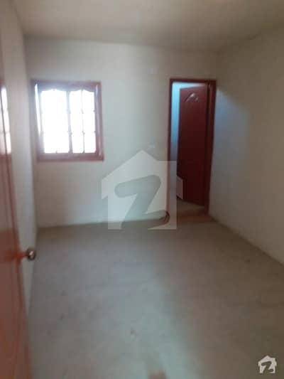 گلستانِِ جوہر ۔ بلاک اے 3 گلستانِ جوہر کراچی میں 2 کمروں کا 0.36 مرلہ پینٹ ہاؤس 20 ہزار میں کرایہ پر دستیاب ہے۔