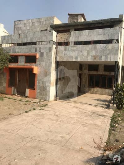 تہکل پشاور میں 6 کمروں کا 18 مرلہ مکان 3.2 کروڑ میں برائے فروخت۔