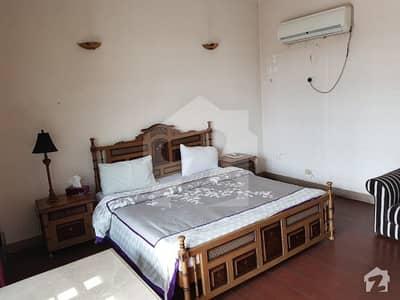 ڈی ایچ اے فیز 4 ڈیفنس (ڈی ایچ اے) لاہور میں 1 کمرے کا 1 کنال کمرہ 32 ہزار میں کرایہ پر دستیاب ہے۔