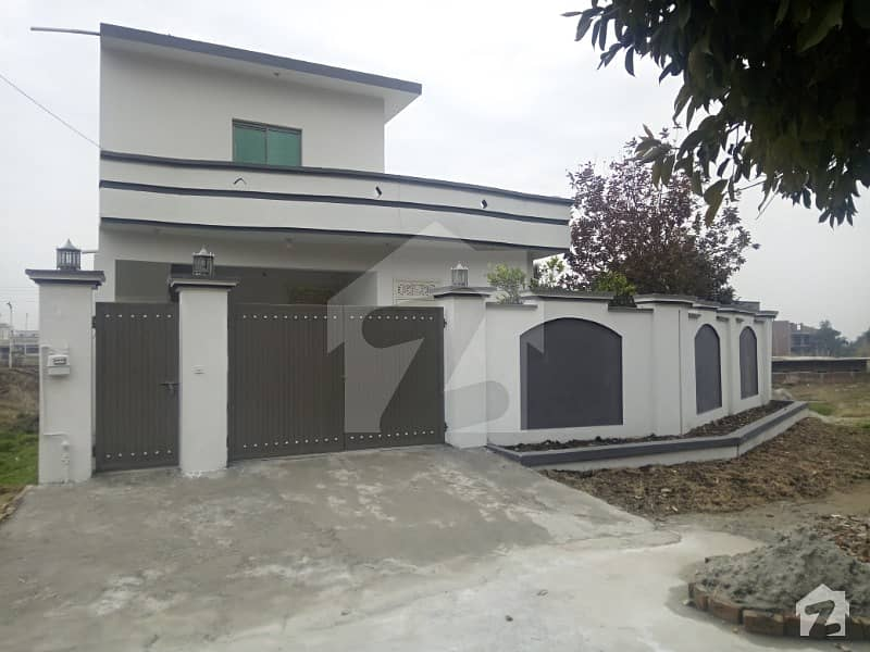 1 Kanal Farm House Availabale For Sale At Top Location At Very Reasonable Rate