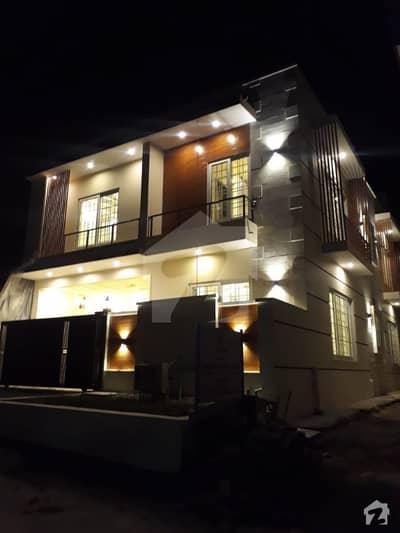 جی ۔ 13/2 جی ۔ 13 اسلام آباد میں 6 کمروں کا 7 مرلہ مکان 3.2 کروڑ میں برائے فروخت۔