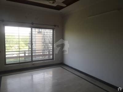 آئی ۔ 9/4 آئی ۔ 9 اسلام آباد میں 4 کمروں کا 6 مرلہ مکان 70 ہزار میں کرایہ پر دستیاب ہے۔