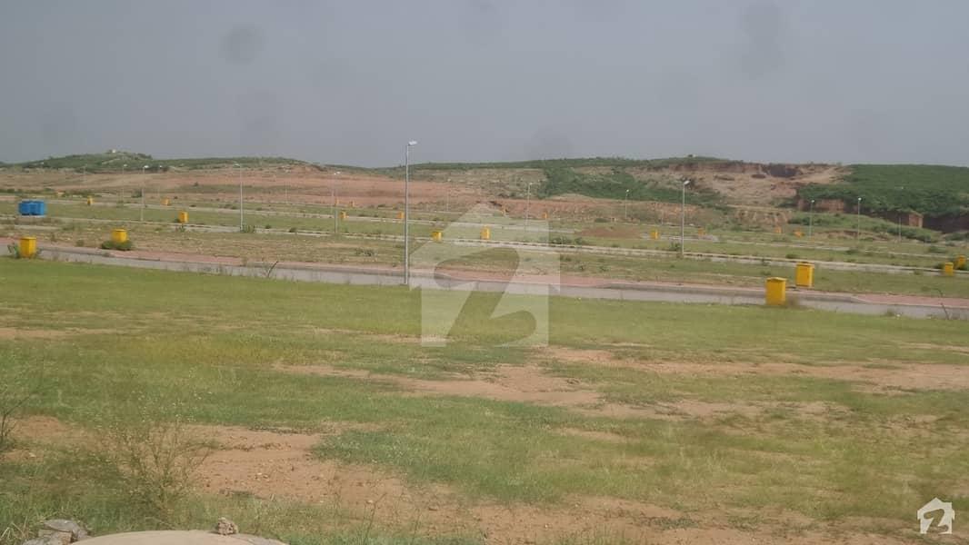 بحریہ ٹاؤن فیز 8 ۔ سیکٹر ایف - 3 بحریہ ٹاؤن فیز 8 بحریہ ٹاؤن راولپنڈی راولپنڈی میں 10 مرلہ رہائشی پلاٹ 32 لاکھ میں برائے فروخت۔