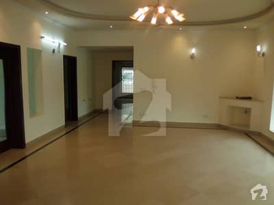 Kanal Renovated Fully Basement Huge Bungalow Available For Rent Near Masjid Park