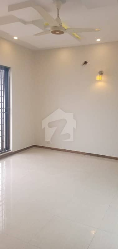 1 Kanal Spanish Upper Portion For Rent In Dha Lahore Phase6