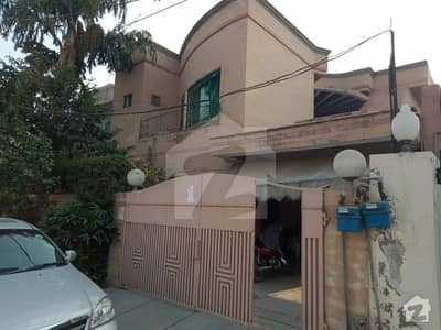DEFENCE 10 MARLA BUNGALOW IDEAL LOCATION REASONABLE PRICE