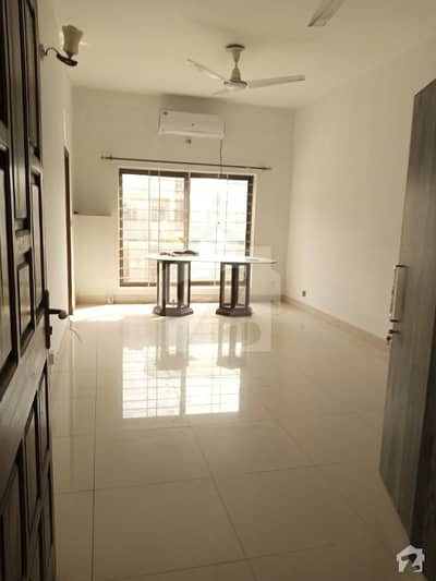 10 Marla Neat  Clean Upper Portion For Rent In Bahria Phase 3