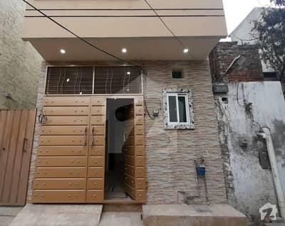 اعوان مارکیٹ فیروزپور روڈ لاہور میں 2 کمروں کا 3 مرلہ مکان 46 لاکھ میں برائے فروخت۔