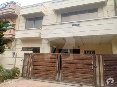 آئی ۔ 8/2 آئی ۔ 8 اسلام آباد میں 7 کمروں کا 11 مرلہ مکان 5.3 کروڑ میں برائے فروخت۔