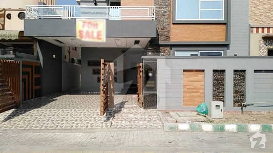 11 Marla Brand New House For Sale In Sukh Chayn Garden Lahore