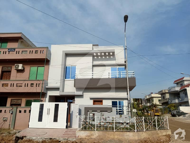 Proper Corner 25x40 Brand New House For Sale On Top Location